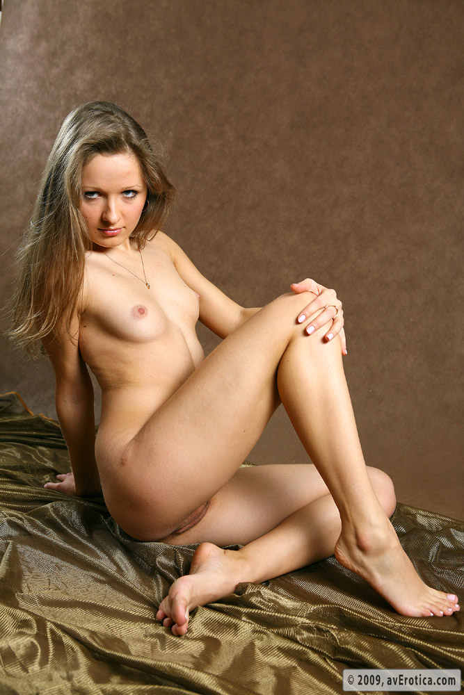 Naked hot girls completely free hot nude